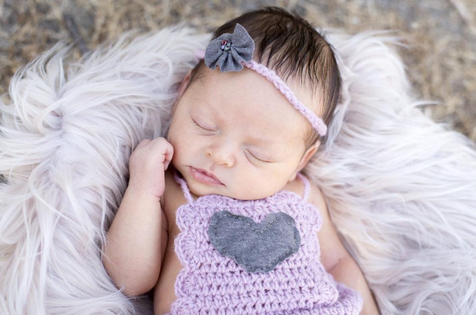 ESPERANDO A MAYA – Sesión de embarazo y recién nacido